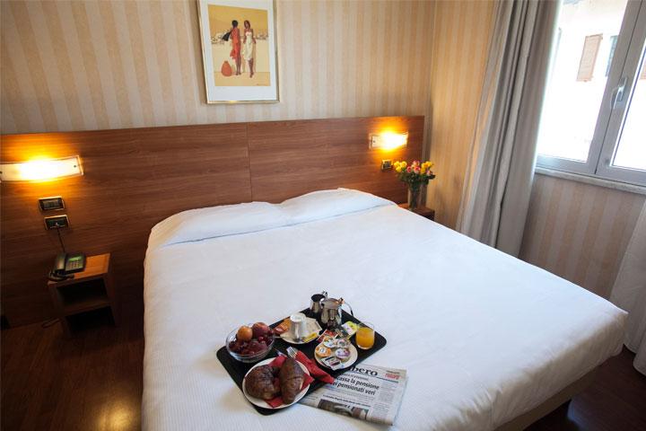 Camera Matrimoniale Per Uso Singolo.Camera Doppia Uso Singola Dependance Hotel Legnano